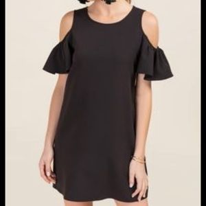 BRITTNEY COLD SHOULDER SHIFT DRESS